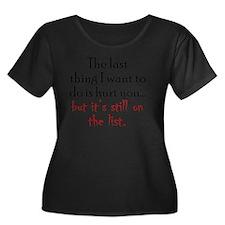 hurtyou1 Women's Plus Size Dark Scoop Neck T-Shirt