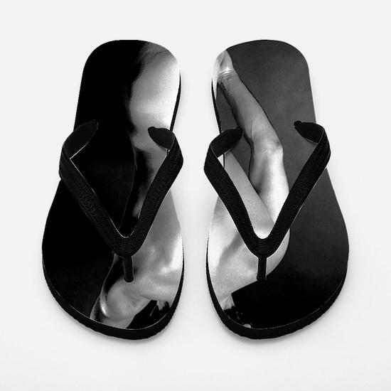 Leyva 1 Flip Flops