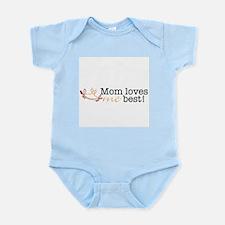 MOM LOVES ME BEST Crab - Infant Bodysuit