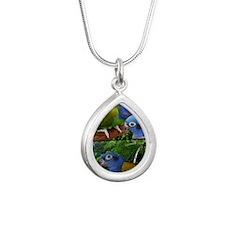 pionusposter Silver Teardrop Necklace