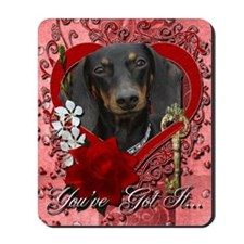 Valentine_Red_Rose_Dachshund_Winston Mousepad