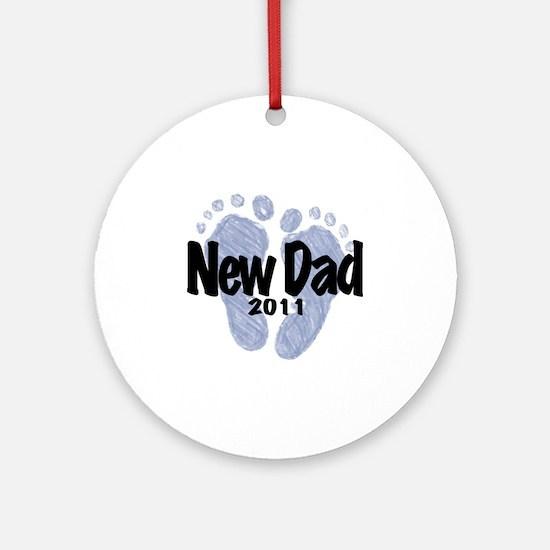 New Dad 2011 Round Ornament