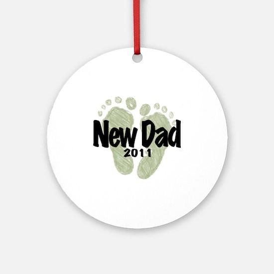 New Dad 2011 (Unisex) Round Ornament