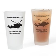 Helicopter Submission Black Drinking Glass