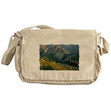 T-Shirt-07D Messenger Bag