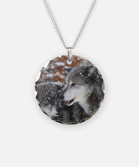 ms shn wolf Necklace