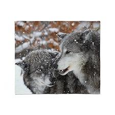 x10 shn wolf Throw Blanket