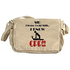 i know cpr Messenger Bag