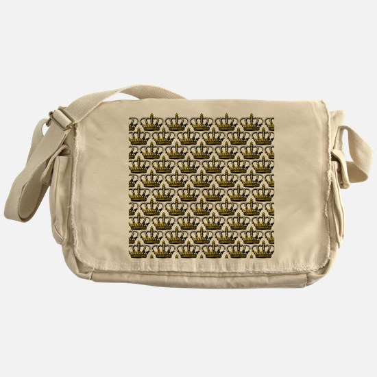 MGPearlcrownTrSQ Messenger Bag