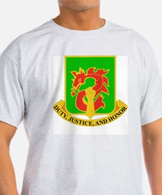 DUI-504TH MILITARY POLICE BATTALION T-Shirt