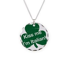 Kiss-me-I-am-italiam-simple- Necklace Circle Charm