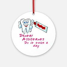 DentalAssistantsDark Round Ornament
