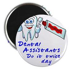 DentalAssistantLight Magnet
