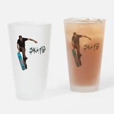 skate_fakie Drinking Glass
