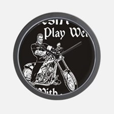 DOESNT PLAY WELL Wall Clock