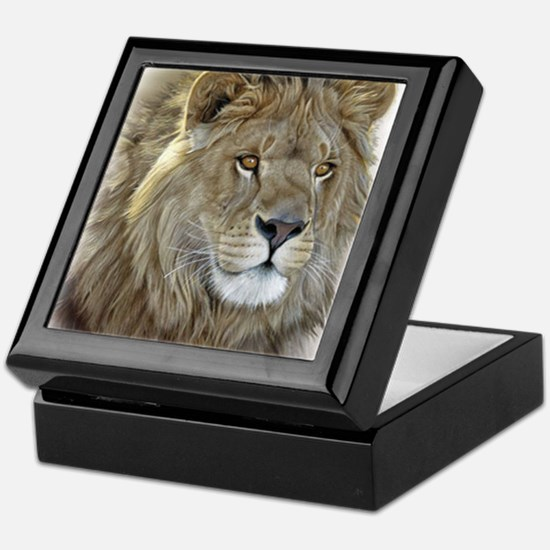 lion-portrait-t-shirt Keepsake Box