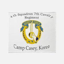 4th Squadron 7th Cavalry Throw Blanket