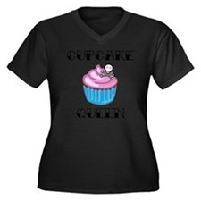 Cupcake Quee Women's Plus Size Dark V-Neck T-Shirt