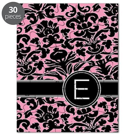 443_monogram_pink_E Puzzle