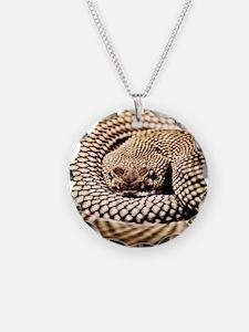 9.5x8v Snake Necklace