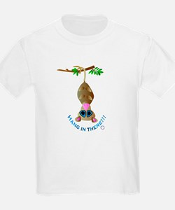 HANG IN THERE !!! ( POSSUM) Kids T-Shirt
