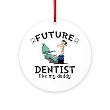 Dentist Dad Round Ornament
