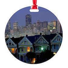 0036_Dezine01_San Franciscos Painte Ornament