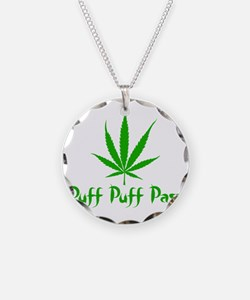 puffpuffpassLeafy Necklace