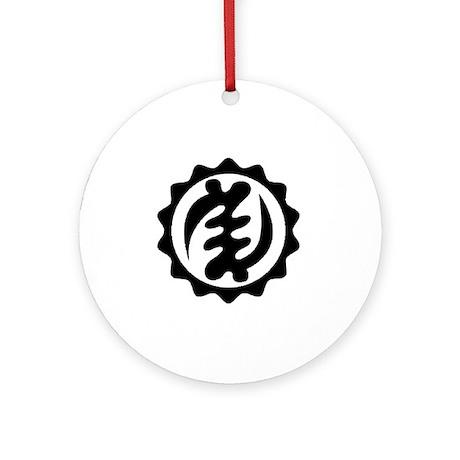NYAME YE OHENE-BLACK-01 Round Ornament