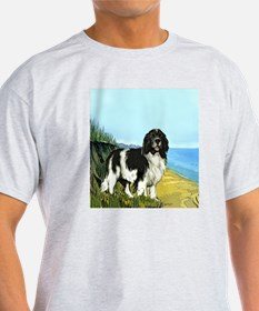landseer on the beach T-Shirt
