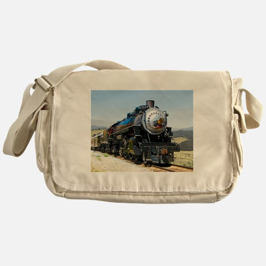 SP 2472 Messenger Bag