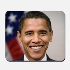 smiling_portrait_of_Barack_Obama-close-u Mousepad