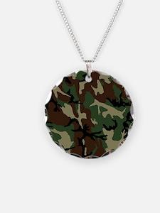 camo-green_ff Necklace