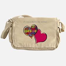 yo amo a alguien con autismo Messenger Bag