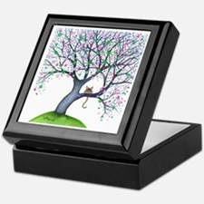 tree new york bigger Keepsake Box
