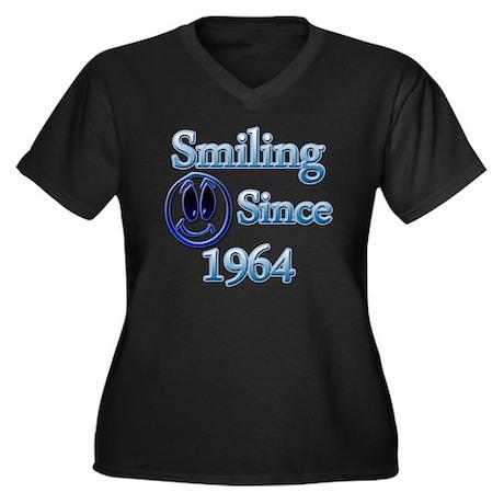 Smiling Sinc Women's Plus Size Dark V-Neck T-Shirt