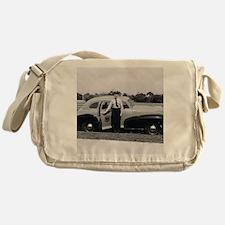 yc1 Messenger Bag