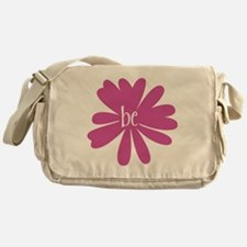 be_flower Messenger Bag