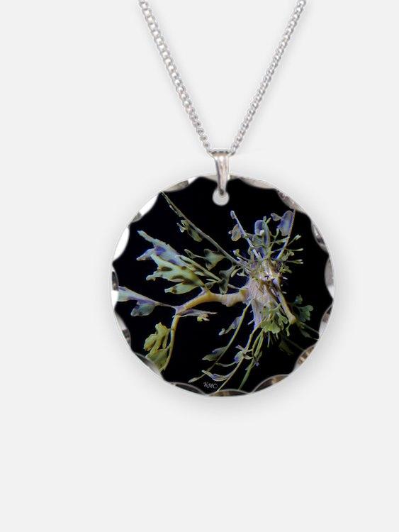 Leafyflies Necklace