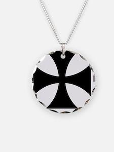 5x5-Cross-Pattee-Heraldry Necklace