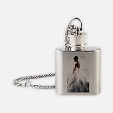 fbjnl Flask Necklace