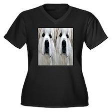 Great Pyr fl Women's Plus Size Dark V-Neck T-Shirt