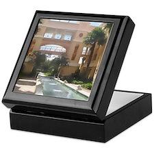 Fountain Gdn-WC2-M Keepsake Box