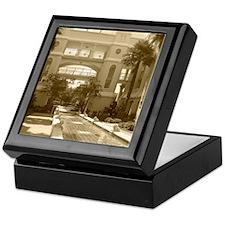 Fount Garden-Sepia-M Keepsake Box