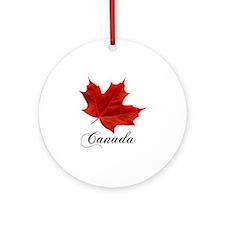 O-Canada-MapleLeaf-Ottawa-4-blackLe Round Ornament