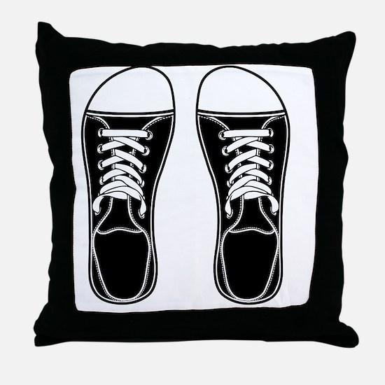 sneaker-bw-FF Throw Pillow