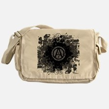 alf-04 Messenger Bag