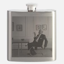 Mies van der Rohe in chair Flask