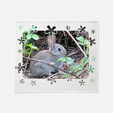 Rabbit2 Throw Blanket