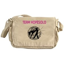 TEAM3 Messenger Bag